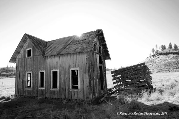 Abandoned House In Eastern Oregon